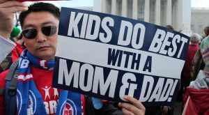 kids-do-best-with-a-mom-and-dad