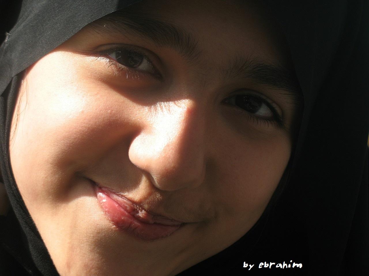 by ebrahim-girl-403178_1280
