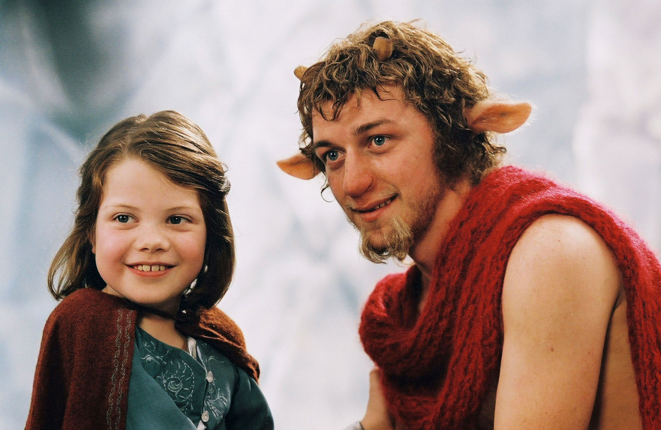 pic6-tumnus-and-lucy