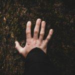"""基督徒是否需要""""按手""""祷告?(巍朴)2019.08.18"""